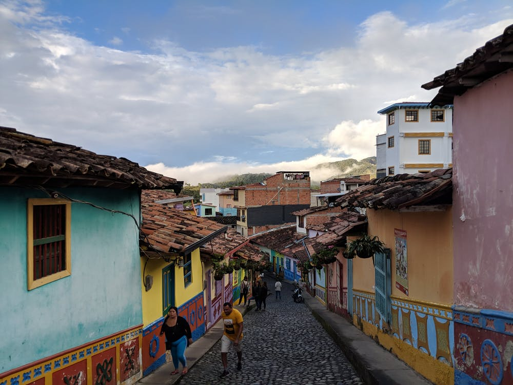 Going to Guatape from Medellin is one of the simplest day trips or short overnight trips! We've gone to Guatape from Medellin for a day trip and also for a weekend trip. Follow our step-by-step outline of how to reach Guatape from Medellin, by bus.