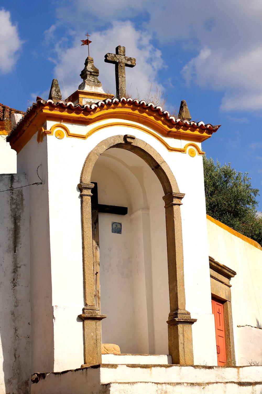 Tiny church building in Castelo de Vide