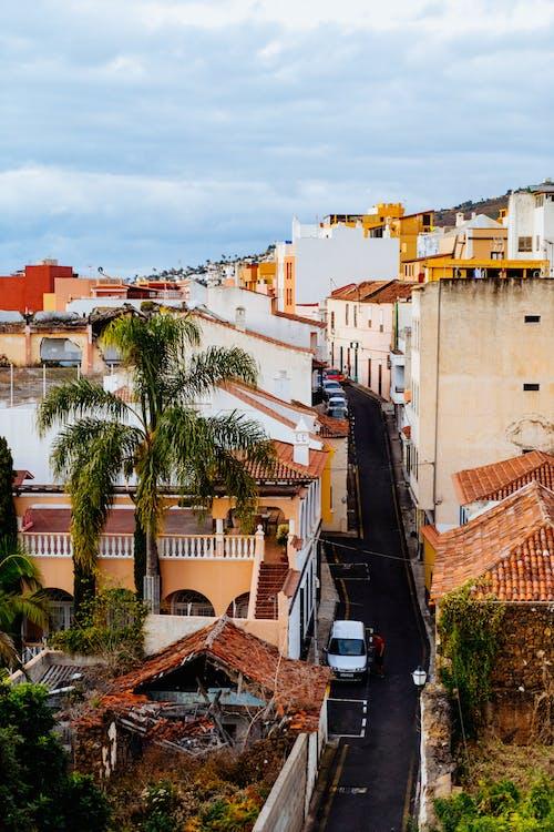 La Orotava Tenerife'deki tipik tarihi Kanarya köyü binaları