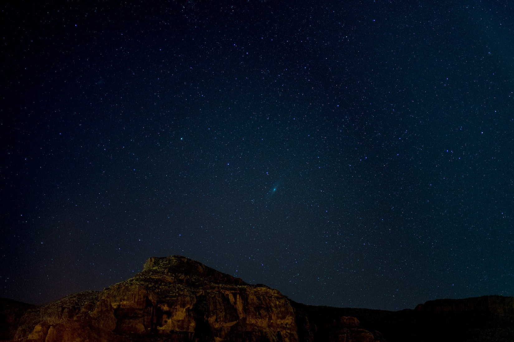 Dark sky star photo with mountains in the background