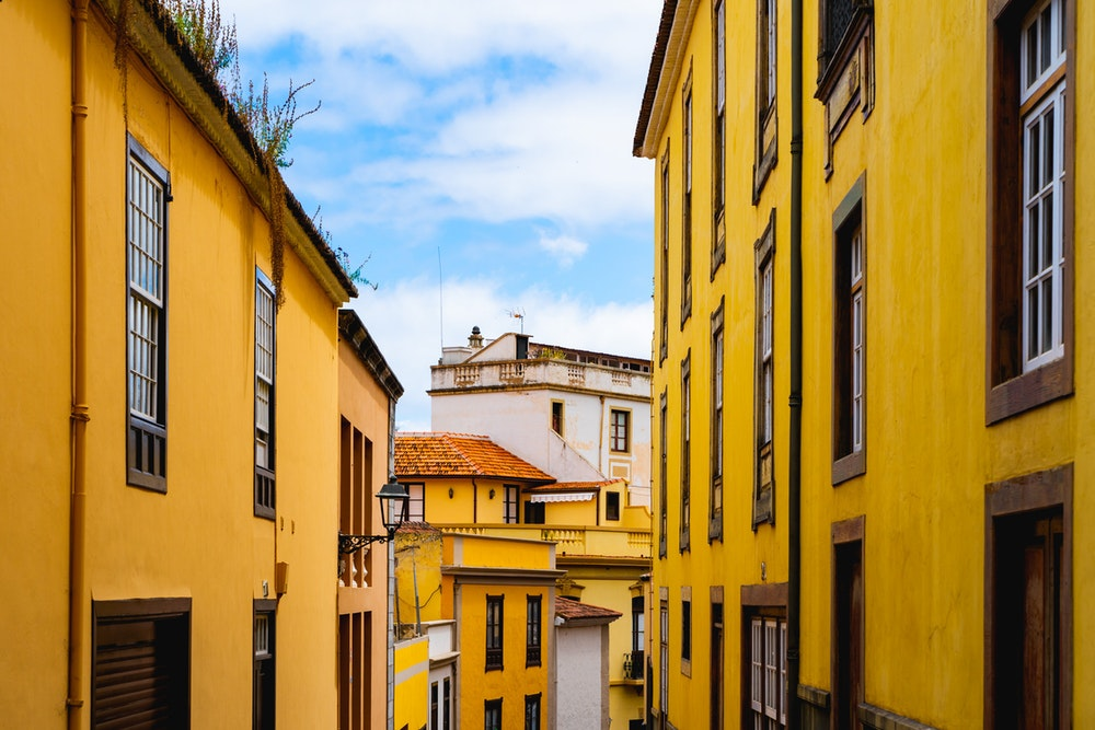 Cover image for Guide to La Orotava, Tenerife. Read more by visiting the article!