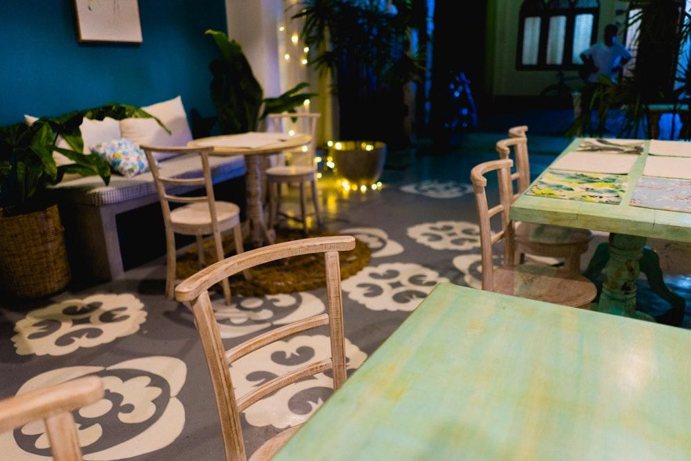 Inside Summer Green Chinese Restaurant & Cafe