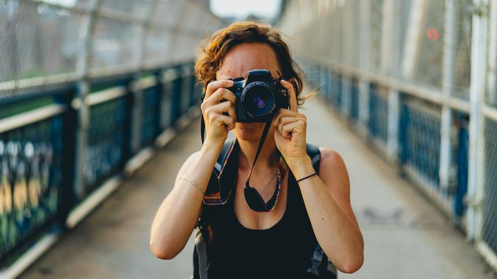 Taking photos on the Manhattan Bridge